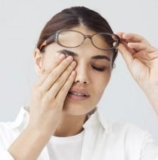 اگر این علائم را دارید، شاید  شماره عینکتان تغییر کرده است