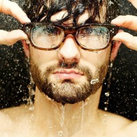 Man-With-Glasses-Photography-Wallpaper.jpg