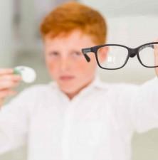 لنزهای تماسی برای نوجوانان