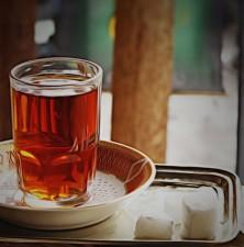 نوشیدن چای داغ برای سلامت چشم مفید است