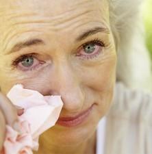 بیماری های مربوط به اشک چشم